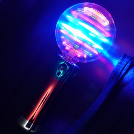 Space Ball Spinner Wand - Multicolor